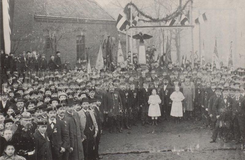 Kriegerdenkmal Sodingen, 1890er Jahre, Foto Stadtarchiv Herne