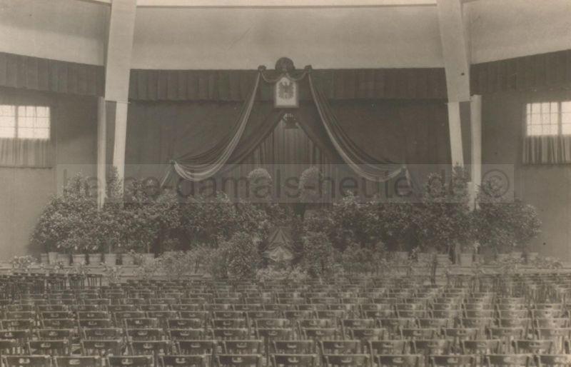 Saal der Stadthalle Wanne-Eickel, etwa 1935, Foto Stadtarchiv Herne