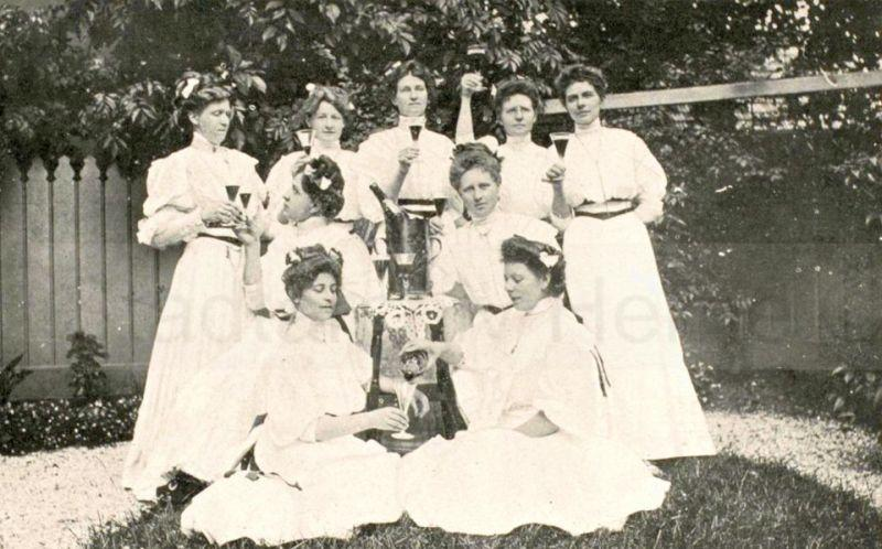 'Sektbude' auf dem Eingemeindungsfest im Juli 1908, Foto Stadtarchiv Herne