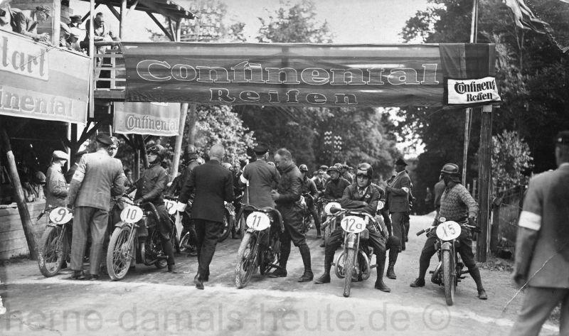 Willi Henkelmann, Startnummer 11 beim Schleizer Dreiecks-Rennen, 01. und 02.Juli 1928, Foto Stadtarchiv Herne