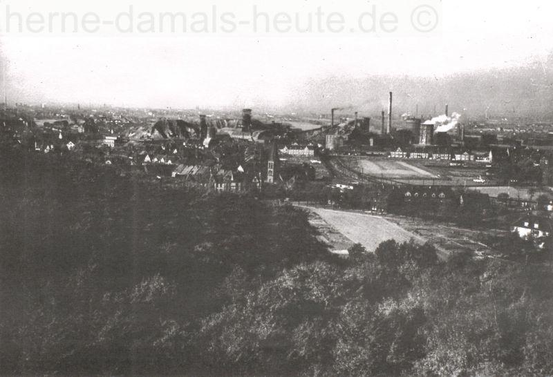Blick vom Turm auf Sodingen und Zeche Mont Cenis, um 1930, Repro Stadtarchiv Herne
