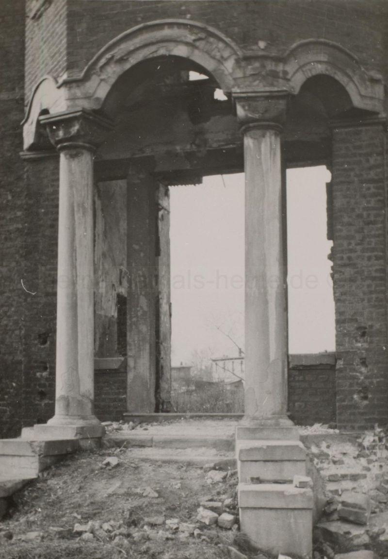 Dorneburger Portal nach der Zerstörung, Foto Stadtarchiv Herne