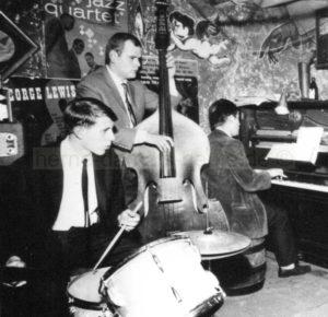 Typische Szene in der Jazz-Wanne, v.l.n.r. Offergeld, Wyludda, Oelmann, Repro Norbert Kozicki