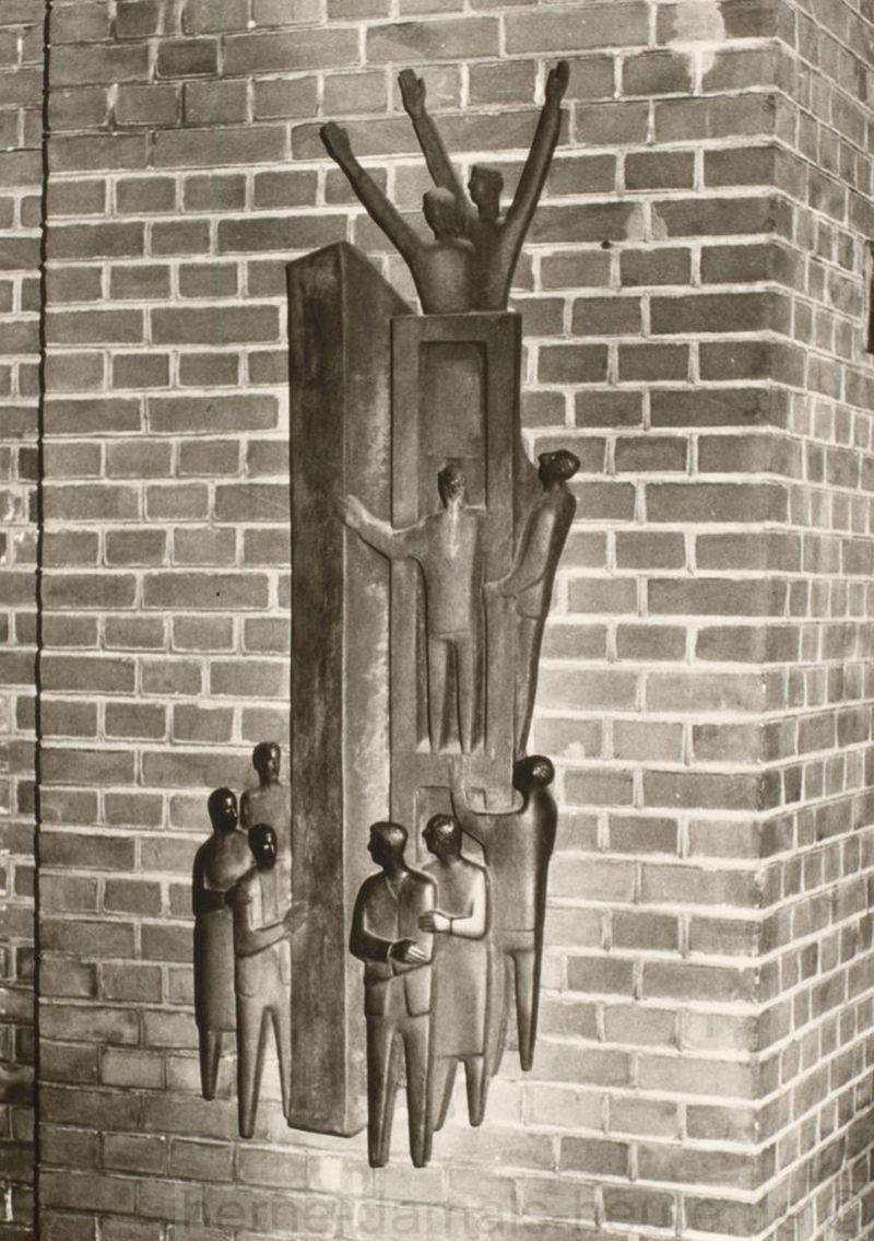 Bronzeplastik 'Unteilbar trotz Mauer', Foto Stadtarchiv Herne