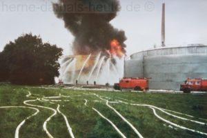 Großbrand bei den Chemischen Werken Hüls an der Shamrockstraße am 5. und 6. August 1984. Sammlung Stefan Kuhn
