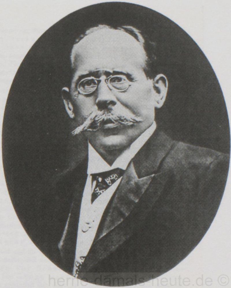 Karl Behrens, um 1900, Repro Stadtarchiv Herne