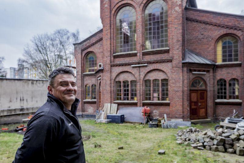 Nenad Illic, Besitzer einer Kirche. © Frank Dieper, Stadt Herne